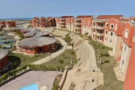 قرية بانجلوز الساحل الشمالي